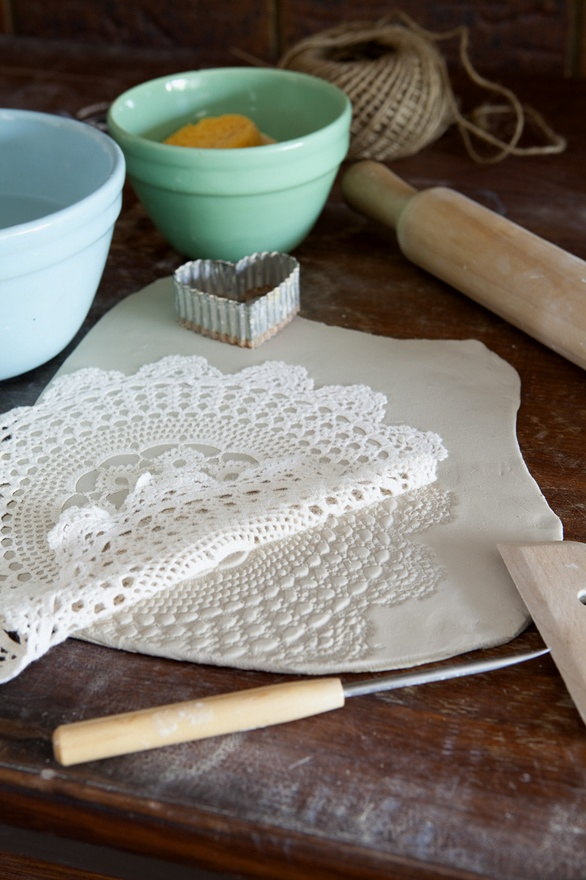 Dishfunctional Designs The Upcycled Garden Volume 2: Dishfunctional Designs: Vintage Lace & Doilies: Upcycled