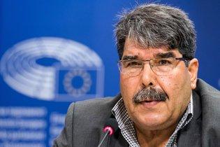 نيويورك تايمز: القائد الكردي يعتقل في براغ بناء على طلب تركيا