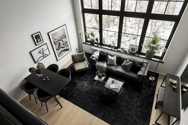 Decor masculin și dormitor la mezanin într-o garsonieră de 41 m²