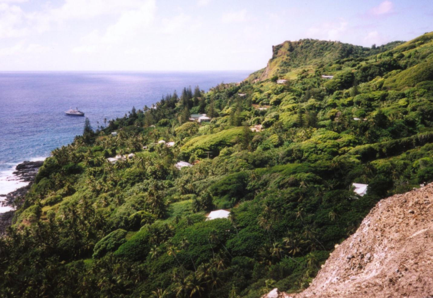 Adamstown | Capital das Ilhas Pitcairn