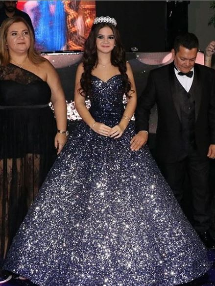 Mel Maia vestido de valsa