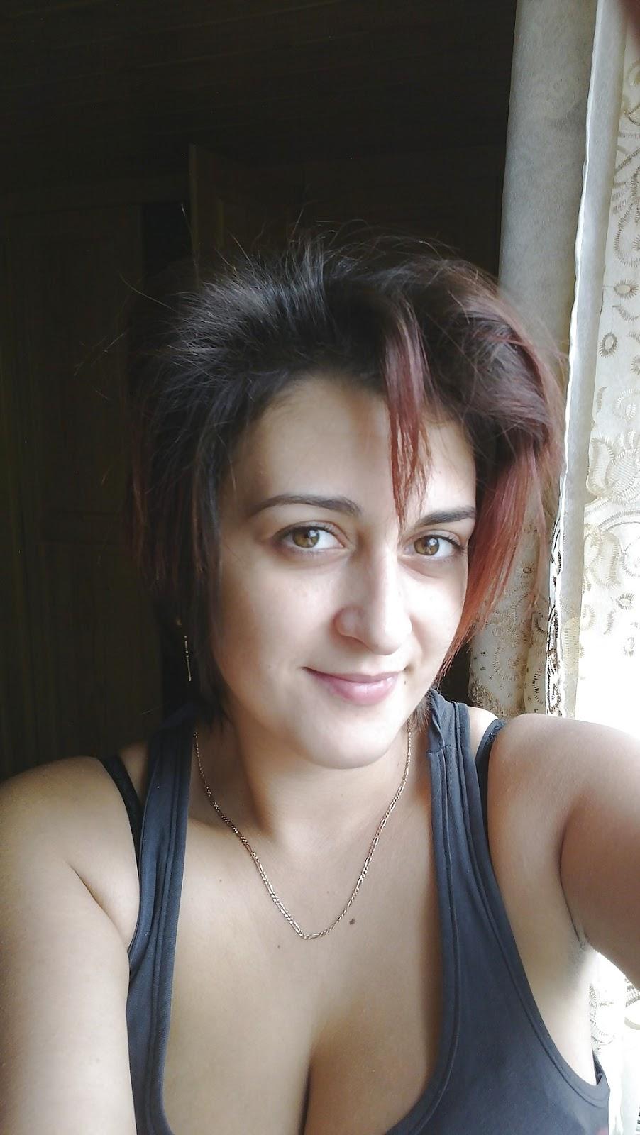Hot Pakistani Stories, Hot Pakistani Women: December 2012