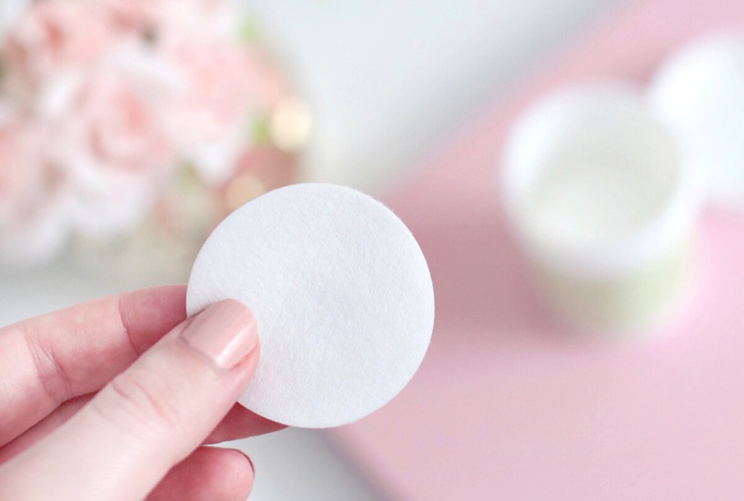 Pixi Beauty lash nourish makeup remover pads review