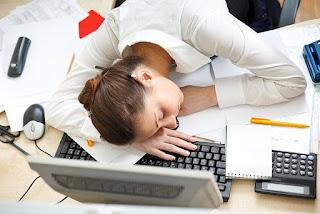 причини да сме сънливи през деня