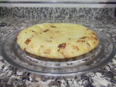Tortilla de patata y cebolla sin huevo