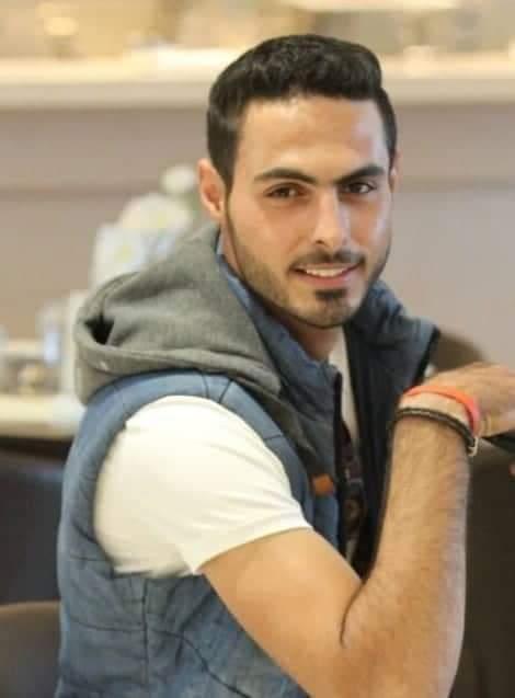 مساعد المصور السوري عبدالكريم البارود أتمنى تحقيق مشروعي الخاص بزنس