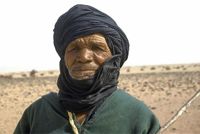 Nomada en desierto de Argel