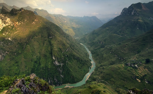 Ma Pi Leng Pass - the king of all passes in Viet Nam