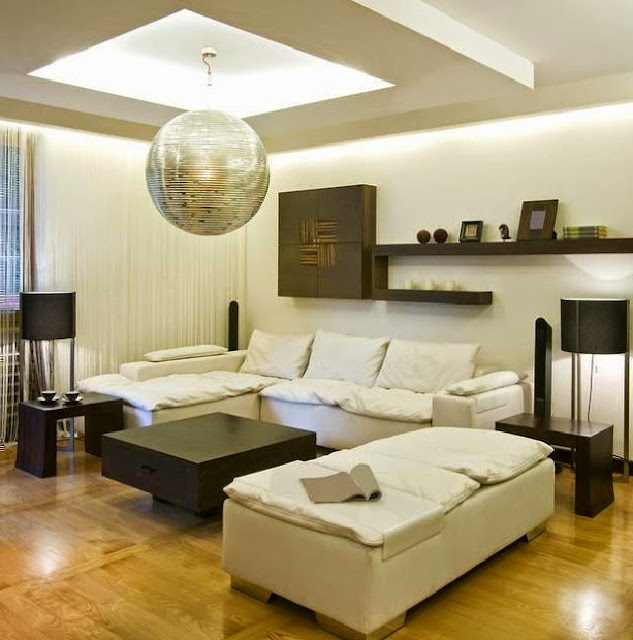 Modern Living Room Arrangement