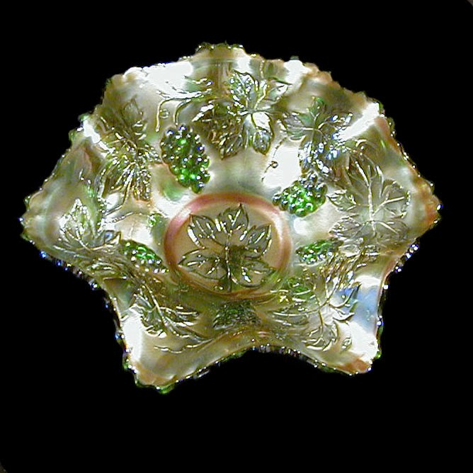 Emerald Green Carnival Bowl