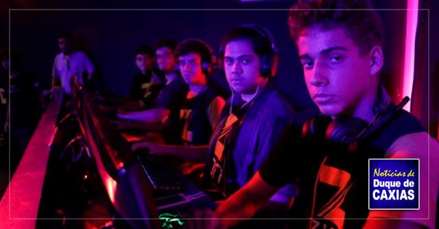 Escola forma cyber atletas profissionais na Baixada Fluminense