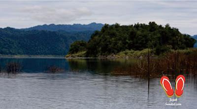wisata danau kamaka