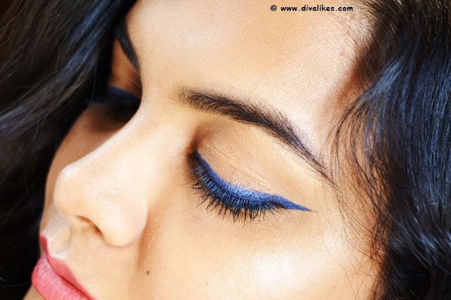 L'Oreal Paris Super Liner Gel Intenza 36H Royal Blue Eye Swatch