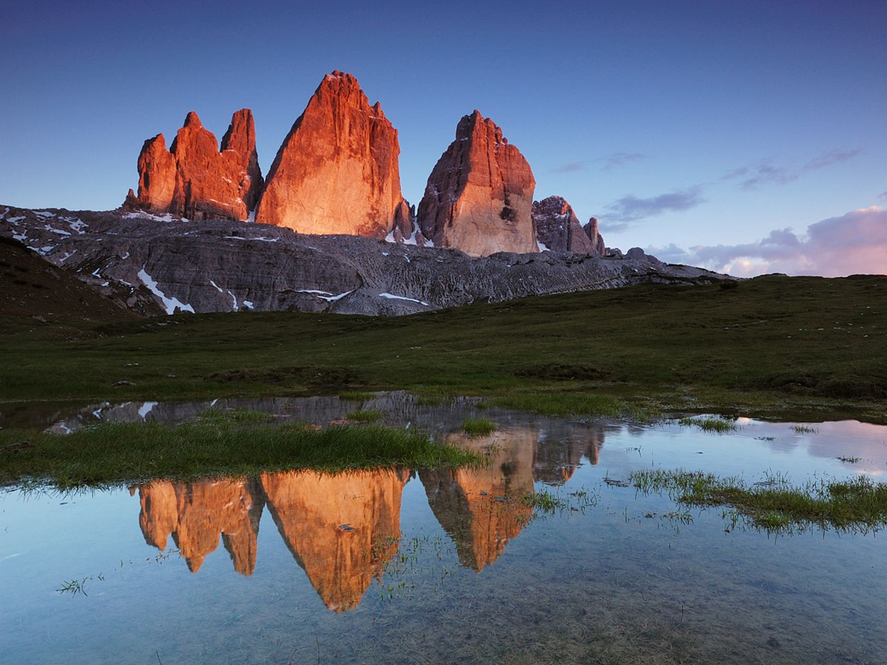 Tre Cime di Lavaredo  Cliffs  Canyon