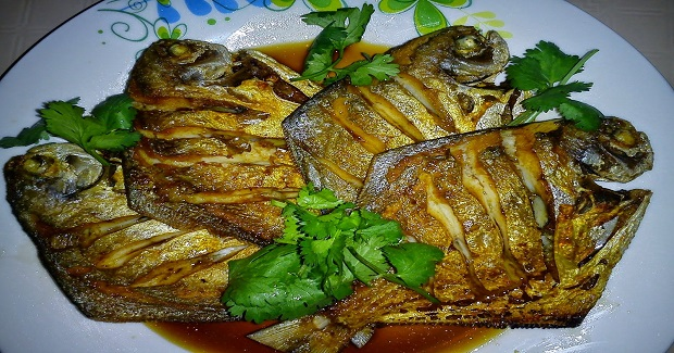 Fried Crispy Fish With Fragrant Soy Sauce