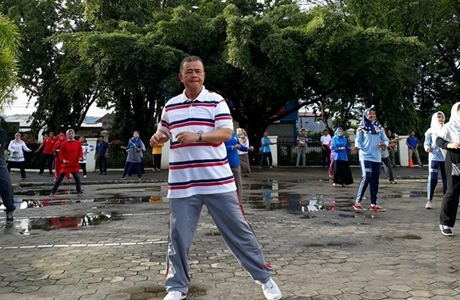 Wagub Nasrul Abit: Mari Kita Budayakan Olahraga di Lingkungan Pekerja