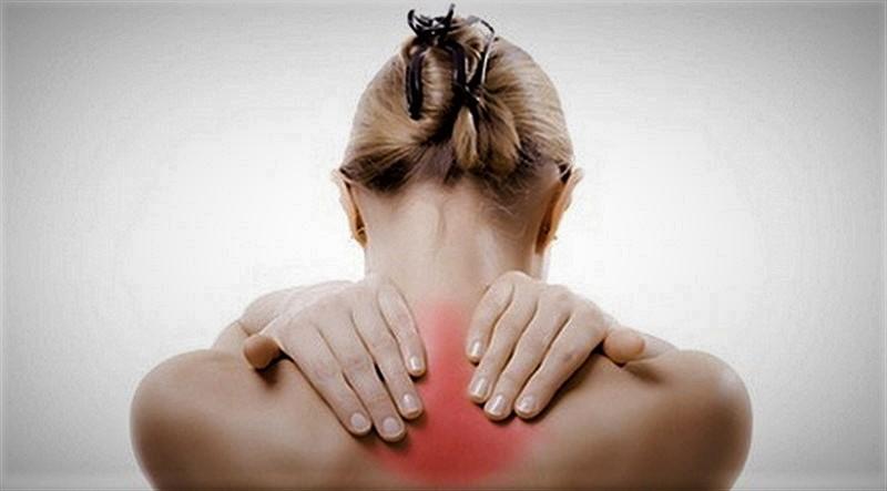 Yorgunluk sandığınız sırt ağrıları hastalık işareti olabilir