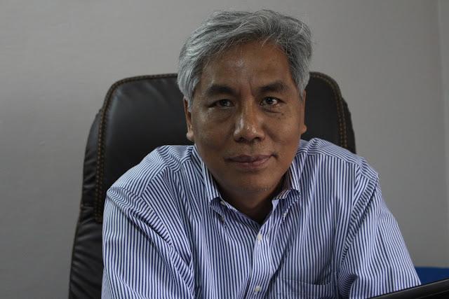 """ျဖိဳးသီဟခ်ဳိ (Myanmar NOW) – """"တပ္မေတာ္မွာ အမ်ားစုက ၿငိမ္းခ်မ္းေရးကို အမွန္တကယ္လိုလားၾကပါတယ္"""" (ဆလိုင္းလ်န္မႈန္း)"""