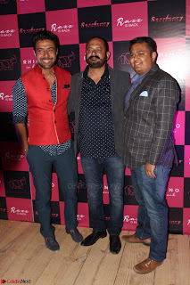 Bollywood Celebrities at Opening Launch Party Of Razzberry Rhiocers 011.JPG