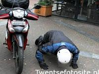 Hebat, Pria ini Dari Bali Pulang Ke Belanda Memakai Sepeda Motor, Begini Kisahnya