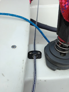 RS200 Continous Kicker - Small Bullseye Fairlead in front of Centre Jammer