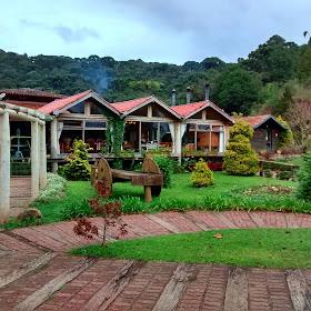 Restaurante do Parque Tarundu - Campos do Jordão - São Paulo, inverno, frio, comida, fondue, vinho, cerveja, baden baden
