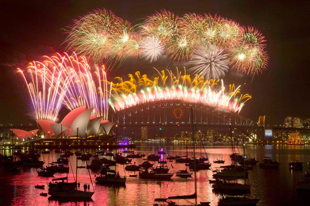 New Year 2019 Eve Celebration Fireworks Sydney Pictures