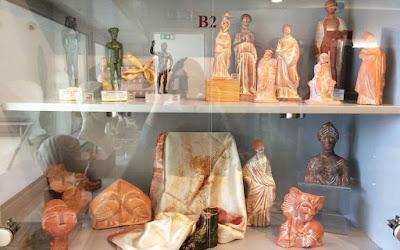 Προσπάθεια αναβάθμισης των πωλητηρίων στα μουσεία της χώρας