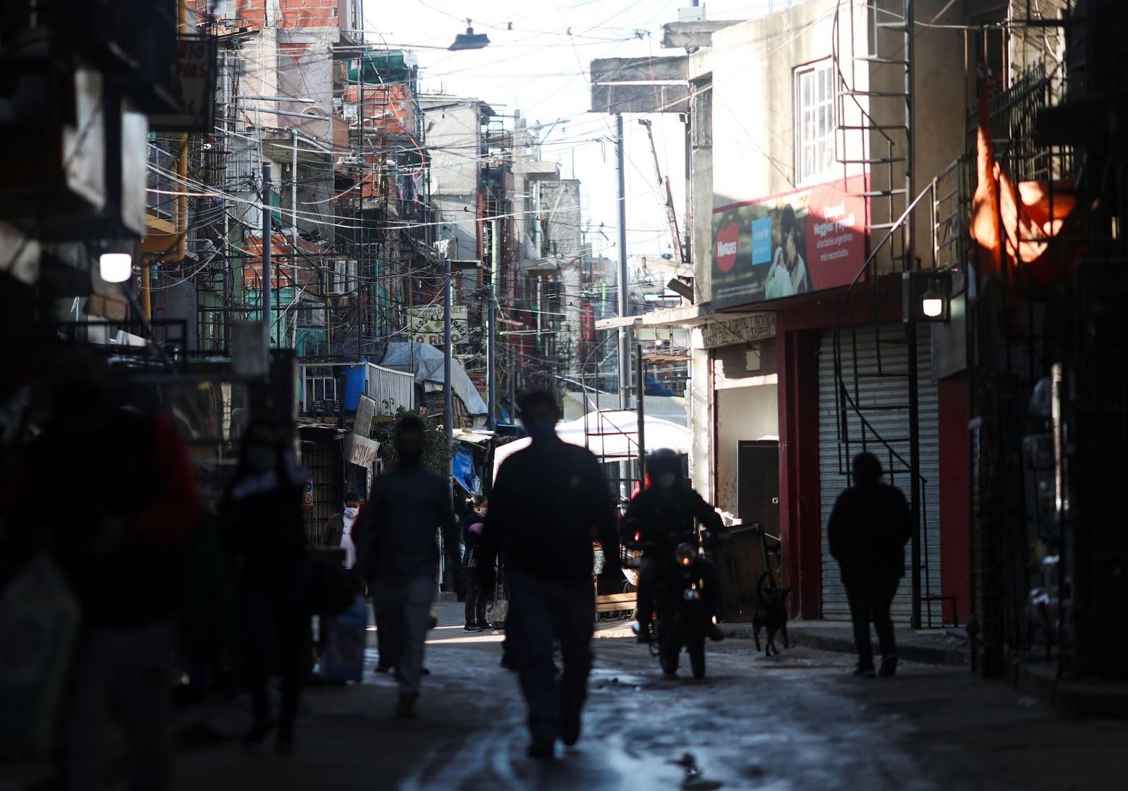 Coronavirus en Argentina: Once personas murieron por COVID-19 y hubo un salto de 438 contagios
