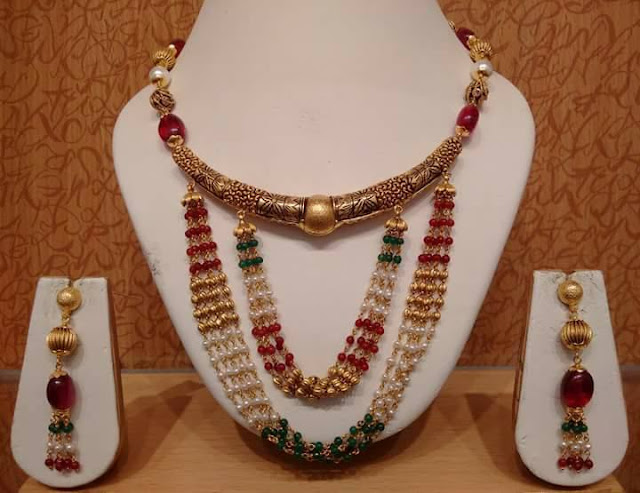Traditional Choker with Pearls Layers