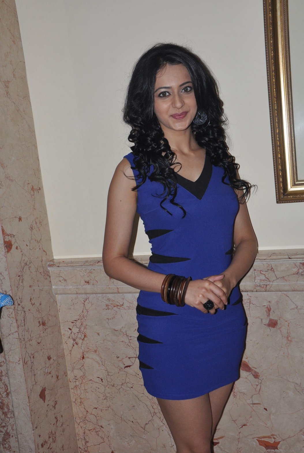 Rakul Preet Hot Thigh Show Photos