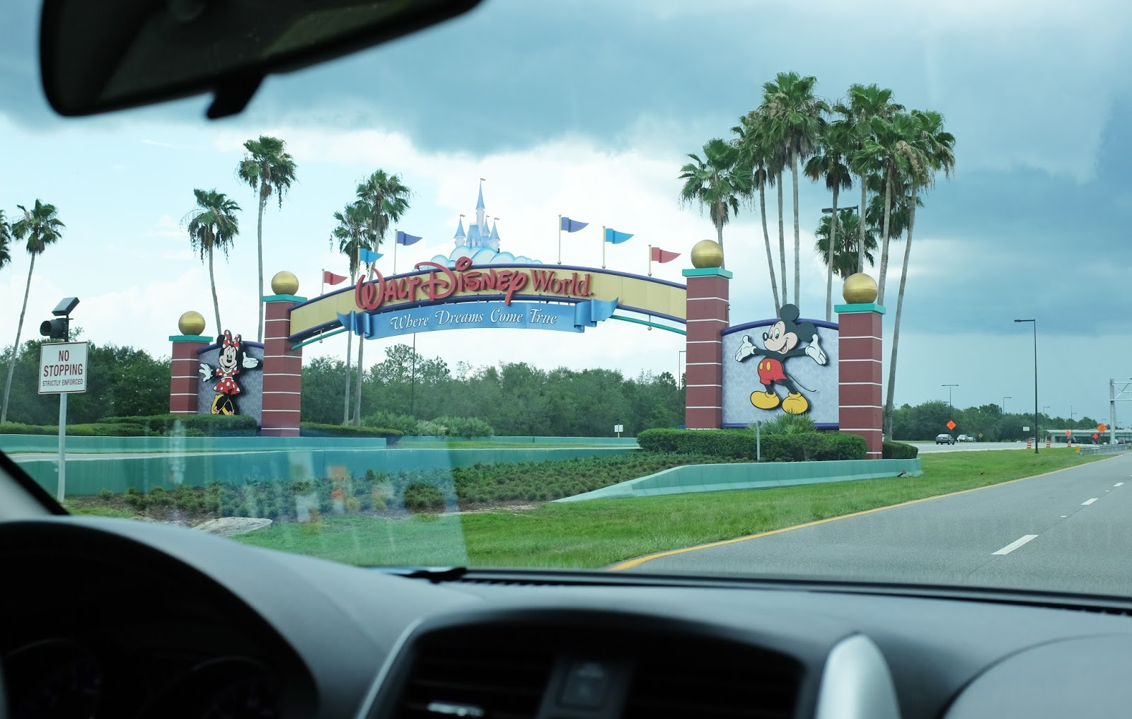 Hire car in Orlando, Florida