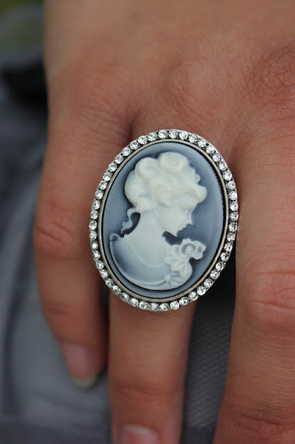 Forever 21 Grey Cameo Ring