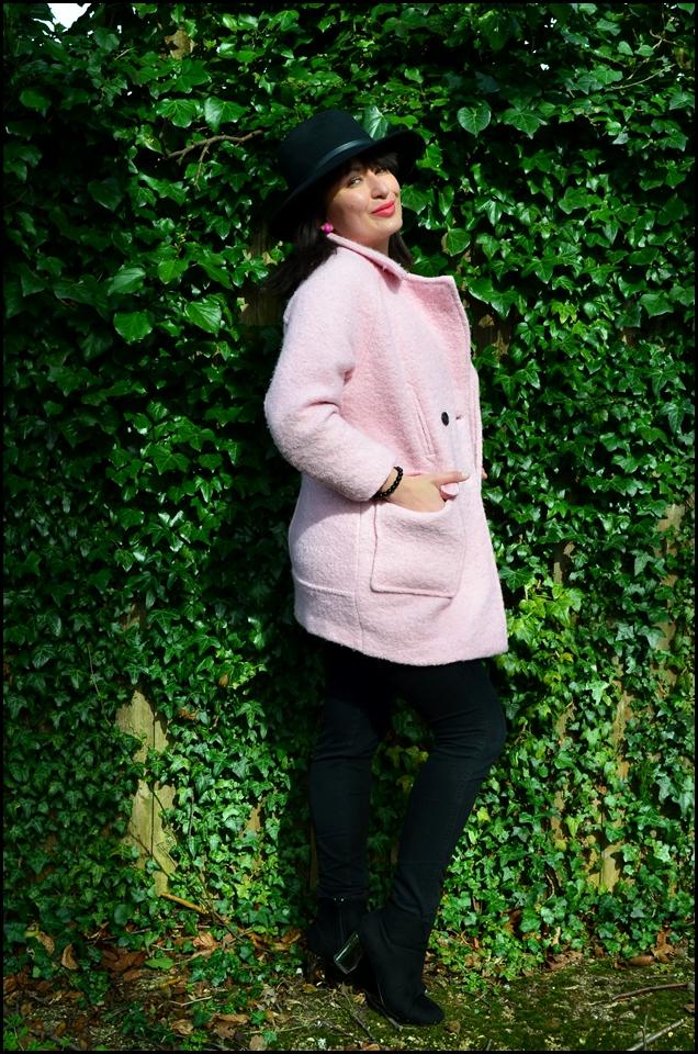 Botki Carvela, Zara Coat, Fashion, Kapelusz New Look, New Look Hat, moda, Blog modowy Puławy, Adriana Style Blog, Pink Mania, Carvela Shopper Bag, Styl, Style, Stylizacja, Płaszcz Zara, Torba Shopperka Carvela