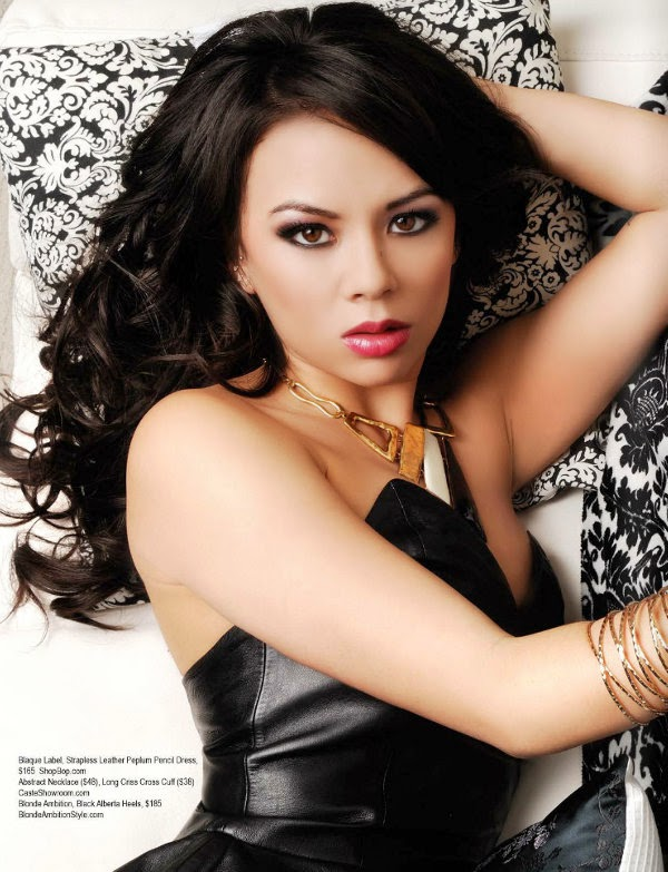 Christmas Desktop Wallpaper Animated Free Entertainment World Janel Parrish Wallpapers