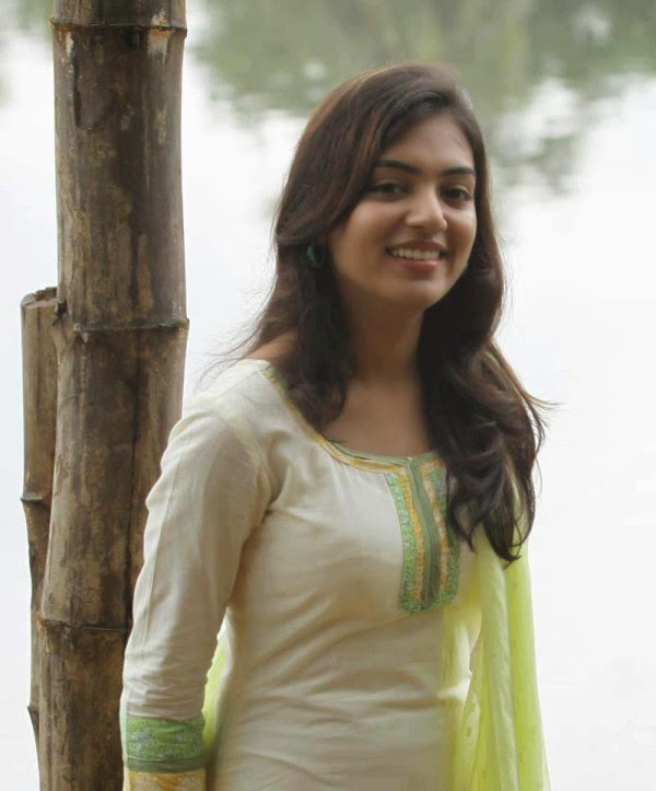 Hot  Sexy Indian Actress Photo Gallery Nazriya Nazim Hot -2919