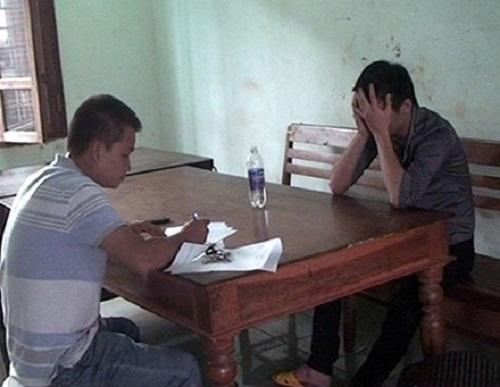 Gia Lai: Giải cứu thanh niên múa dao trong nhà đòi tự thiêu