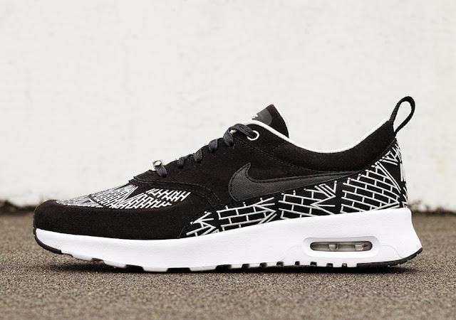 Nike Air Max Ultra Thea City Pack black bricks