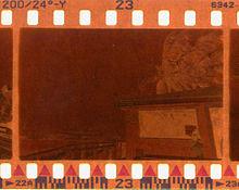 contoh DX kode di klise film kamera analog