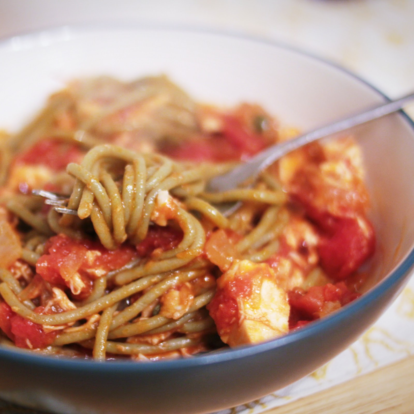 A Simple Life: Brown-Rice Spinach Spaghetti With Chicken