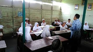 Penyuluhan dan Pembagian Obat Cacing dari Puskesmas Banjarmasin Selatan
