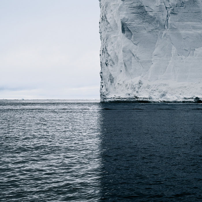 36 Unbelievable Pictures That Are Not Photoshopped - Antarctica, 4 Shades Of Blue