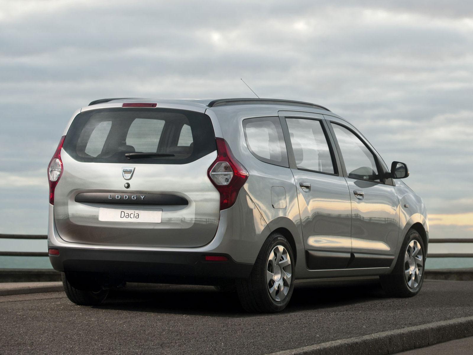Trying The Cheapest Car In Europe: The Dacia Sandero - Fifth Gear - YouTube  |Dacia