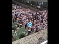 Subhanallah, Jamaah Haji Indonesia Mendapat Pujian Luas Saat Mengumandangkan Sholawat Sambil Menunggu Antrian di Jeddah Airport