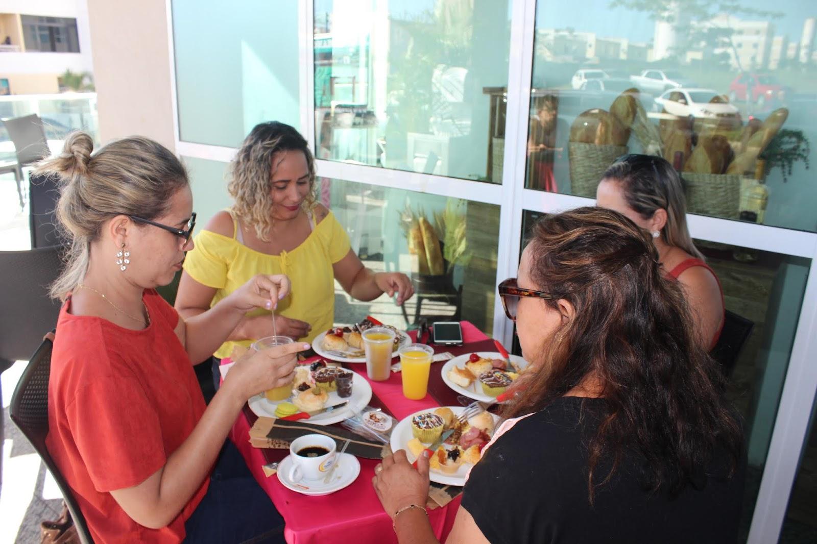 IMG 3625 - Dia 12 de maio dia das Mães no Jardins Mangueiral foi com muta diverção e alegria com um lindo café da manha