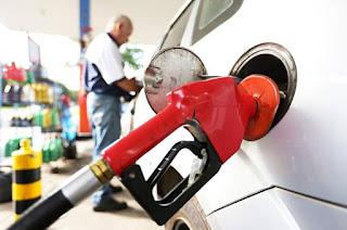 http://vnoticia.com.br/noticia/2404-petrobras-faz-o-maior-corte-no-preco-da-gasolina-em-quase-3-meses