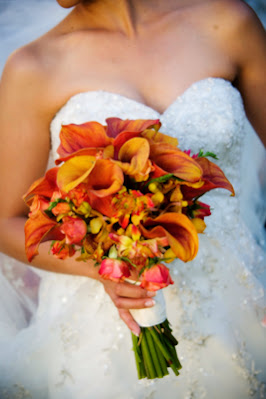 The Best Flowers For a Fall Wedding
