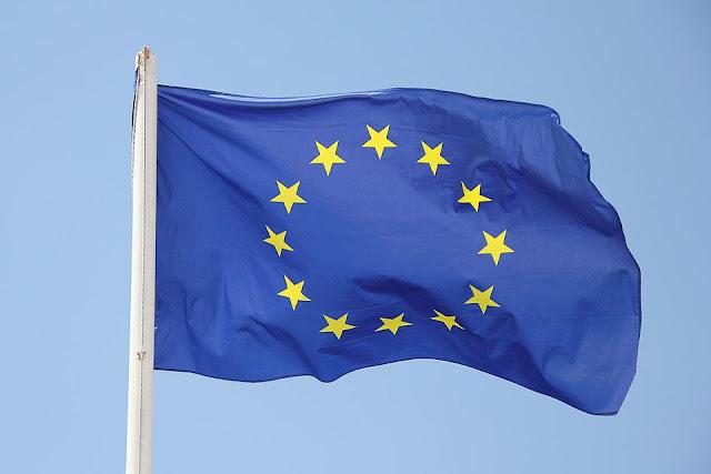 UE diz que Facebook deu informações falsas ao comprar Whatsapp