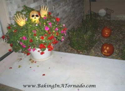 Welcome to our home | www.BakingInATornado.com | #Halloween