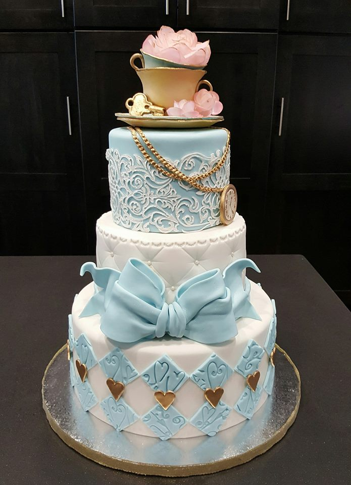 Alice In Wonderland Birthday Cake